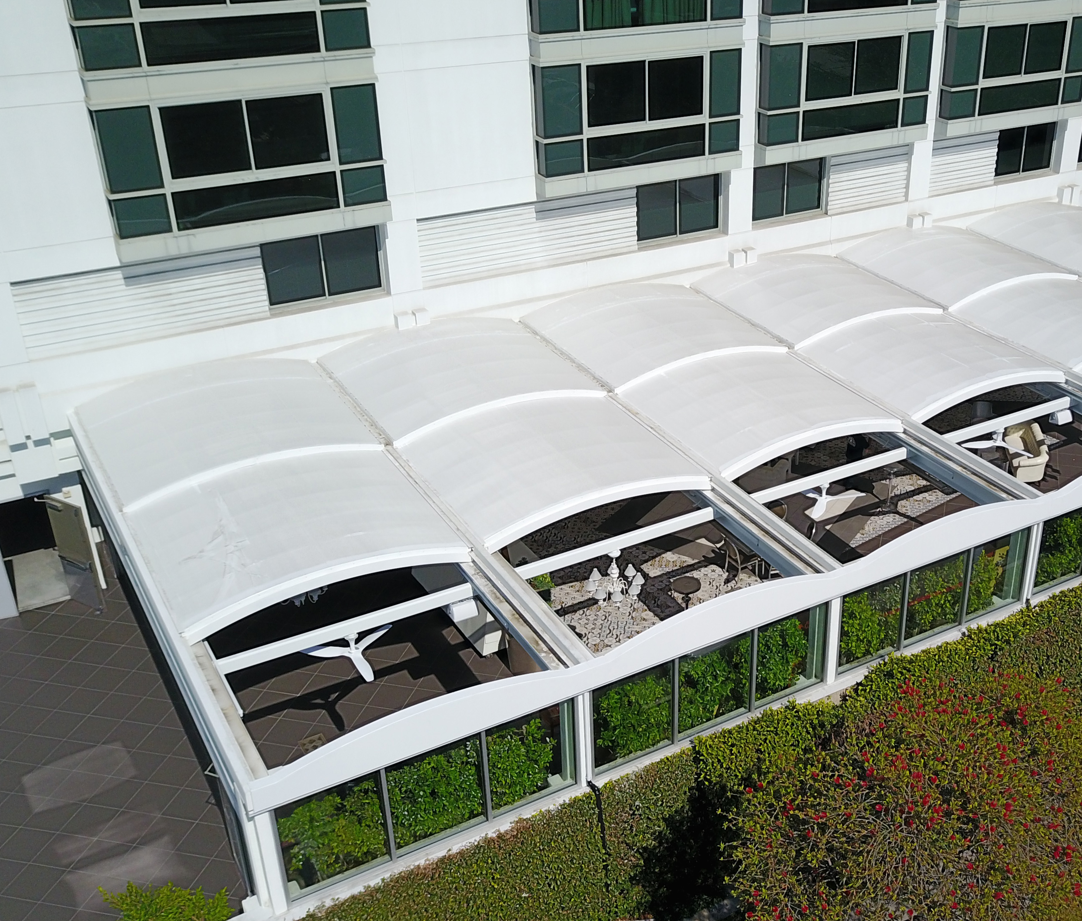 skyview retractable canopies